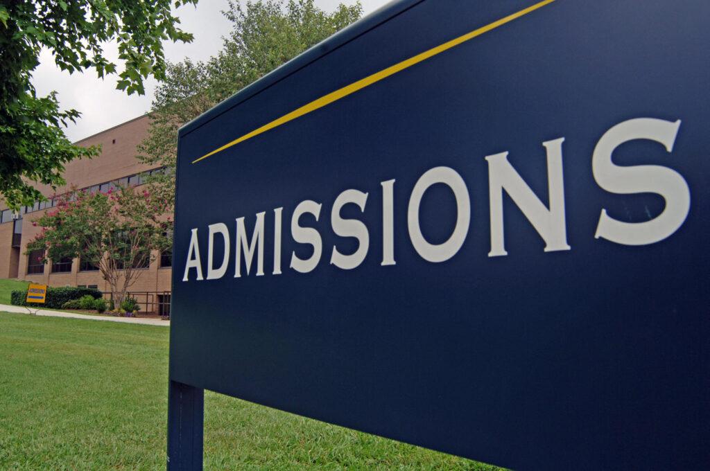 University Admission in US, Canada, Australia, Hong Kong